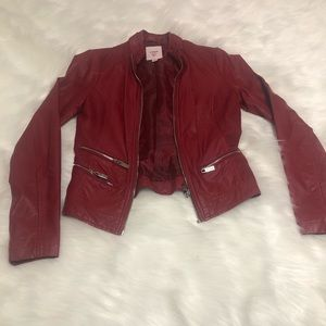 Brick red Guess leather jacket 🧥